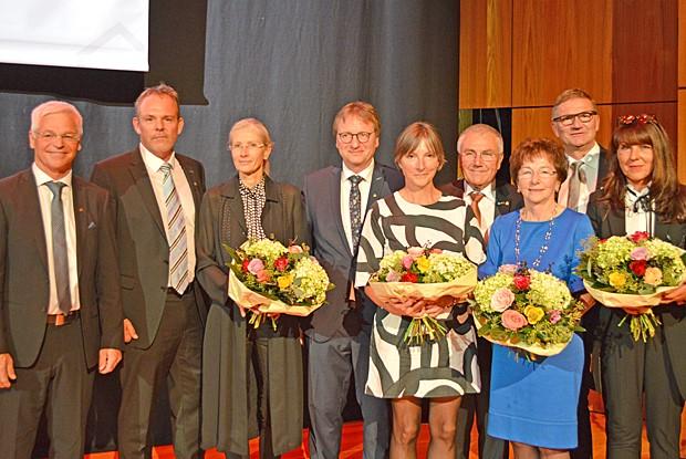 450 Teilnehmer am Bayerischen Zimmerer- und Holzbaugewerbetag: Xaver Haas erhält Ehrenmedaille von Timber Construction Europe