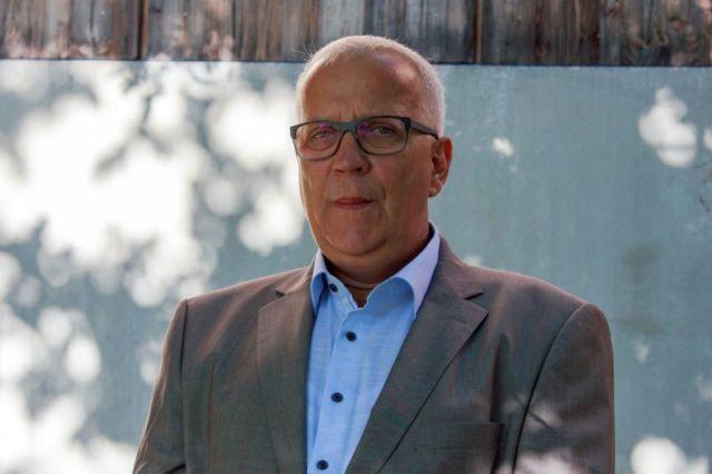 Bauen mit Laubholz: Prof. Dr. Matthias Zscheile