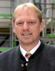 Günther Riebel, Geschäftsführer der Gesellschaft für Wohnungsbau und Gewerbeansiedlung der Stadt Königsbrunn mbH (GWG)